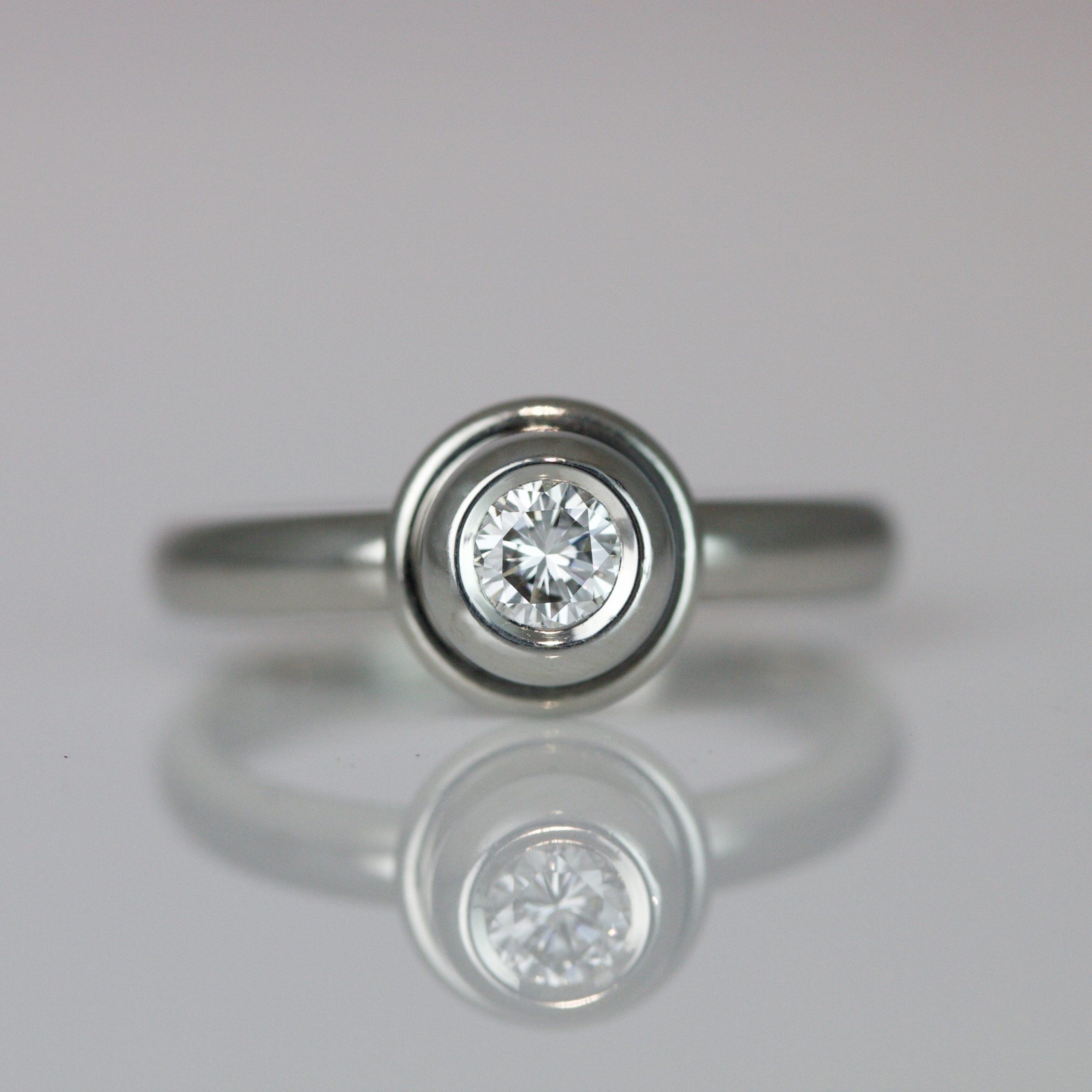 modern engagement ring london